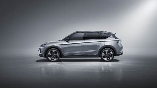 售价24.19万元起 高端智能纯电SUV ARCFOX极狐αT正式上市